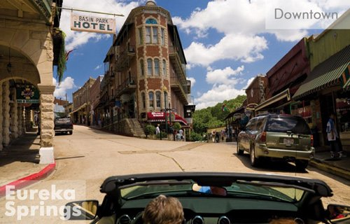 Eureka-springs-downtown1