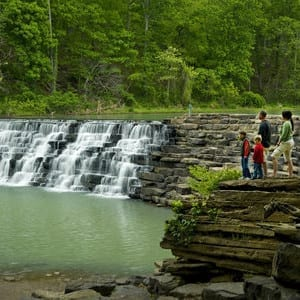 devils den state park kids friendly