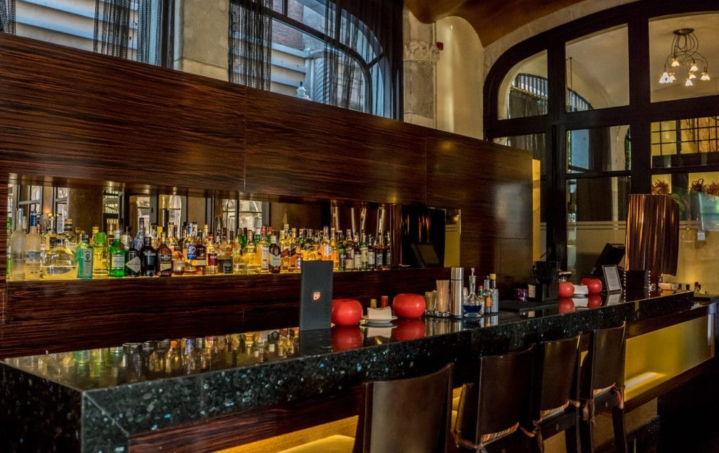 Best Hotel Bars in Northwest Arkansas