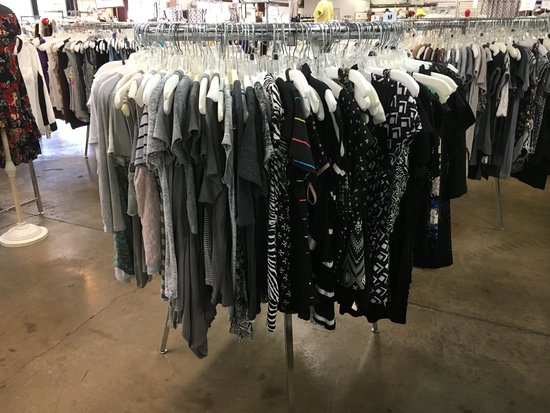Clothing Connection Consignment Shop Rogers Arkansas