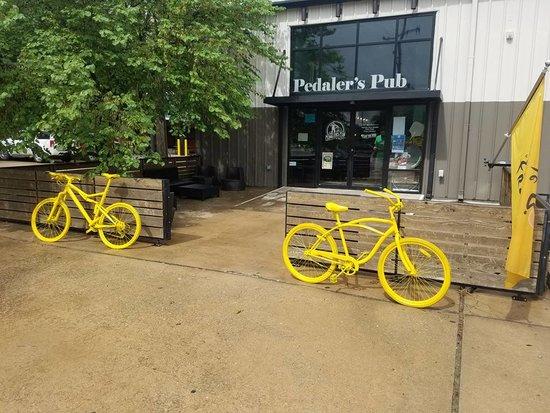 Peadler's Pub