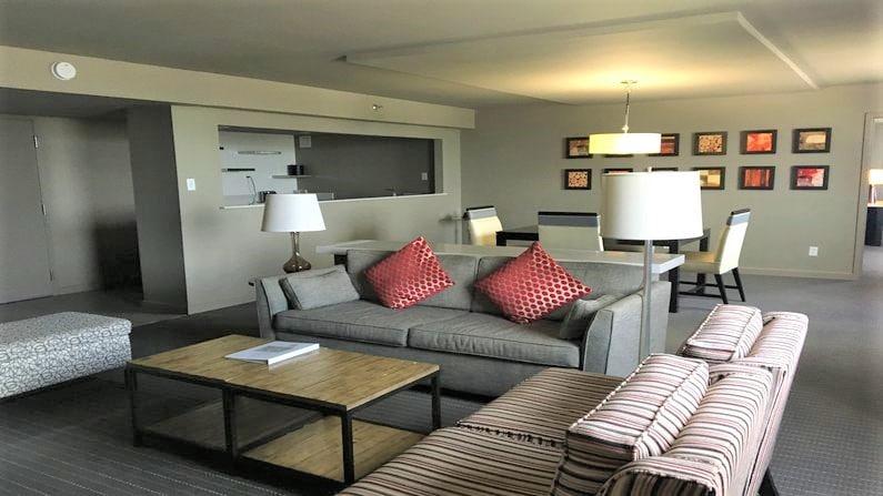 hotel room in bentonville ar