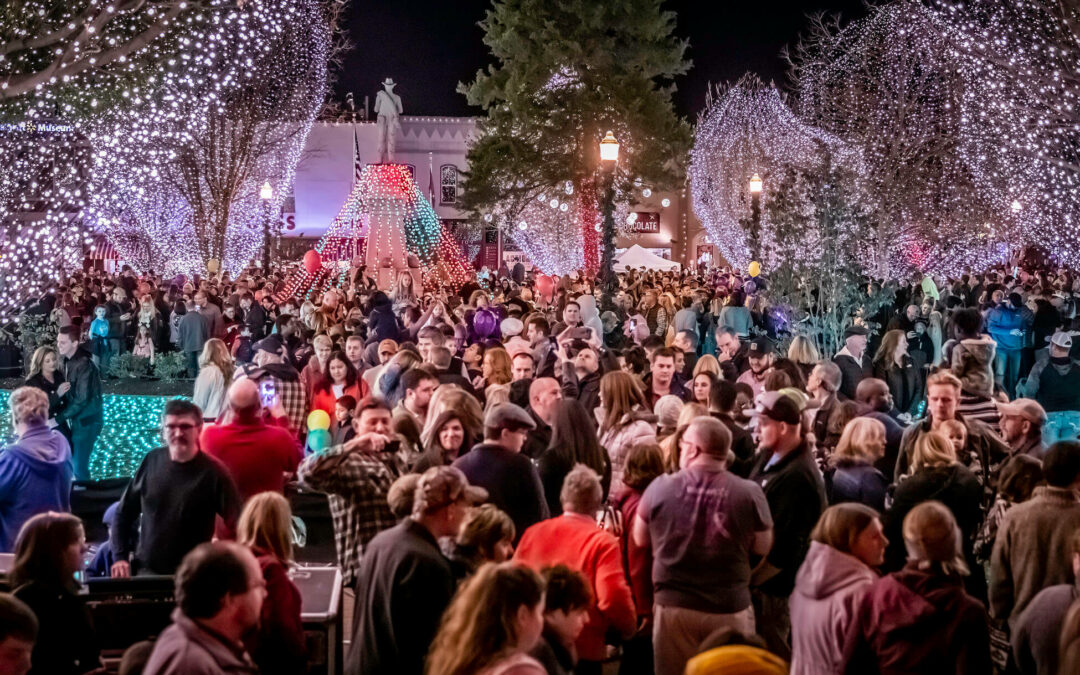 Northwest Arkansas Holiday Events Guide – Christmas Lights & Family Events