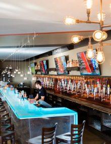 Top 10 Restaurants With Best Bars in Northwest Arkansas